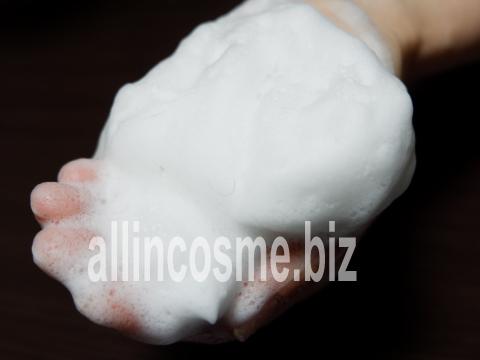 ストレピアマウスウォッシュで作った泡の写真